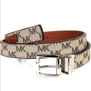 BRAND NEW Michael Kors reversible belt